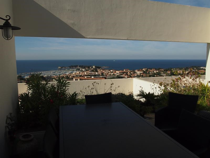 Vacation rental apartment Bandol 850€ - Picture 1