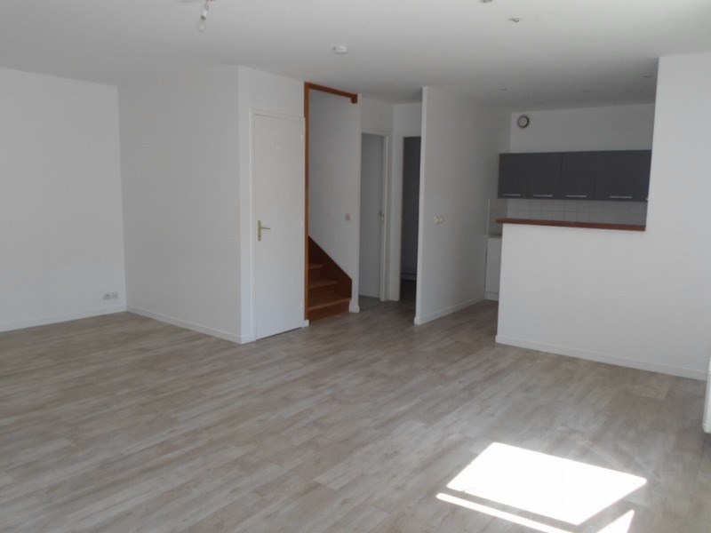 Location appartement Isigny sur mer 486€ CC - Photo 2