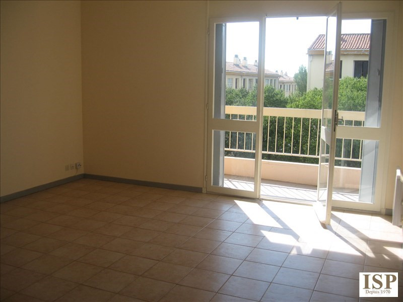 Rental apartment Aix en provence 522€ CC - Picture 2