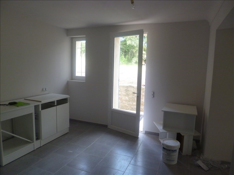 Location maison / villa Mazan 990€ CC - Photo 5