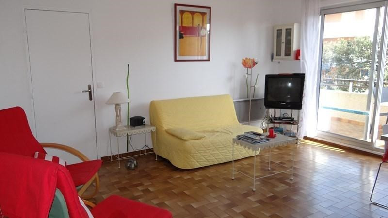 Location vacances appartement Cavalaire 420€ - Photo 9