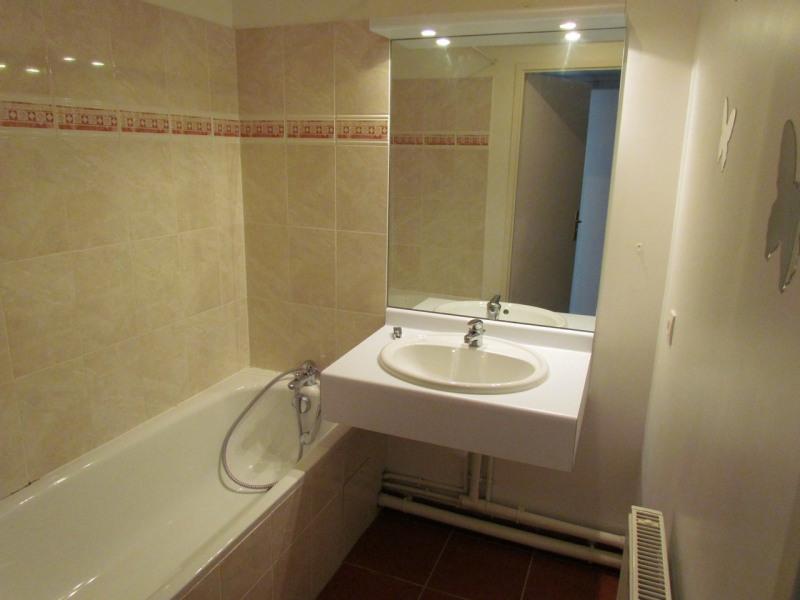 Rental apartment Noisiel 993€ CC - Picture 4