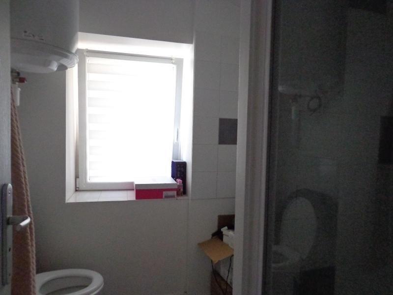 Location appartement Lyon 3ème 528€ CC - Photo 5