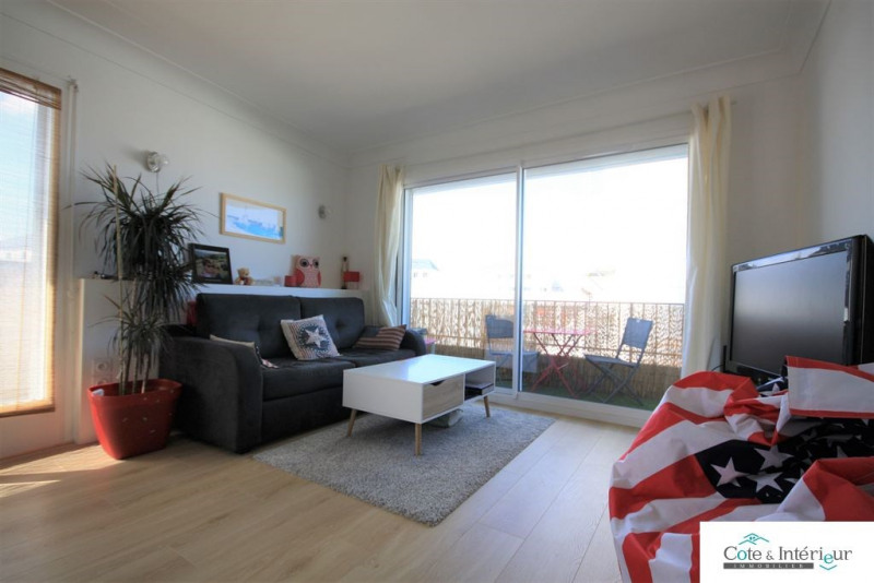 Sale apartment Les sables d olonne 149 000€ - Picture 2