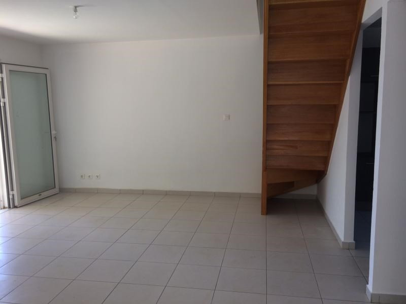 Location maison / villa Ste clotilde 1 790€ CC - Photo 5