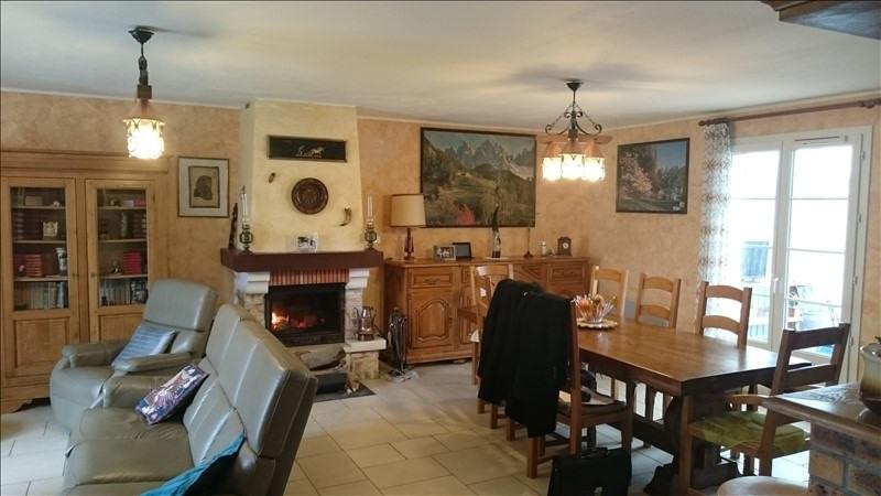 Sale house / villa Villeneuve l'archev 180000€ - Picture 2