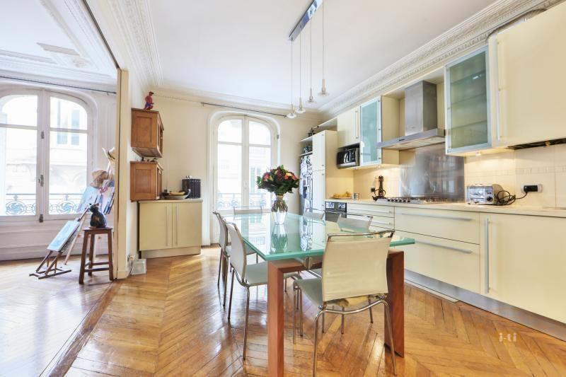 Vente de prestige appartement Paris 17ème 1550000€ - Photo 3