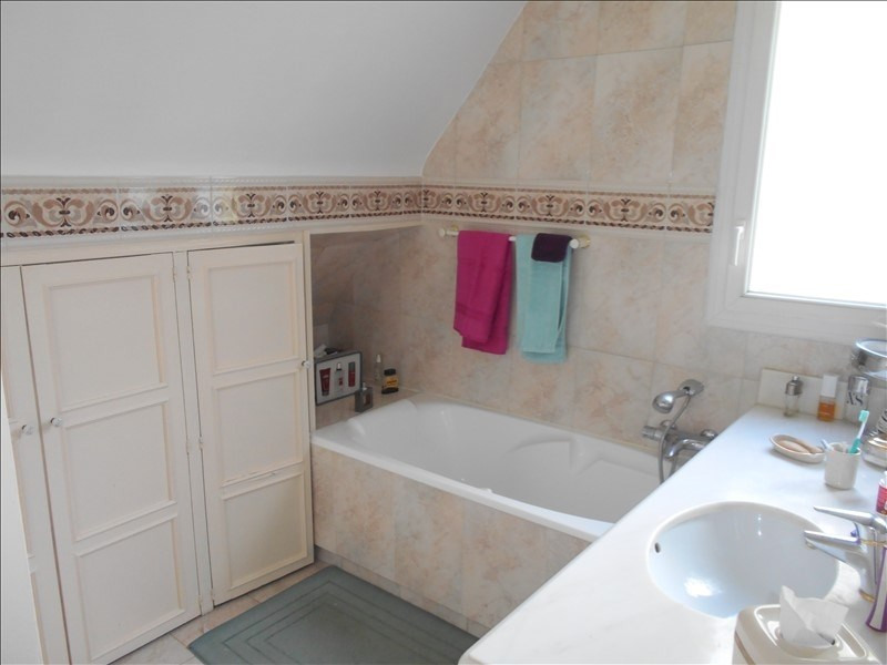 Sale house / villa St leu la foret 568000€ - Picture 8