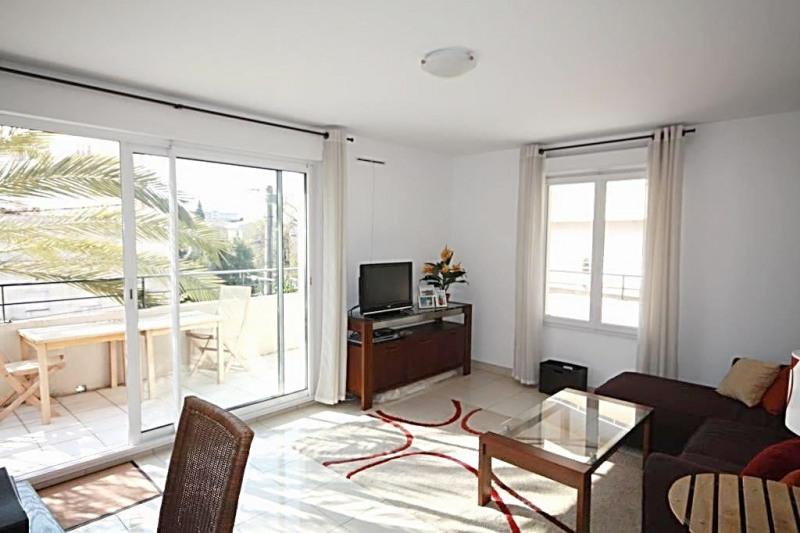 Sale apartment Juan-les-pins 255000€ - Picture 2