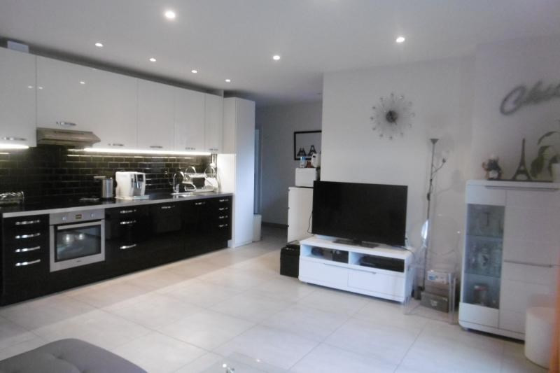 Sale apartment Gournay sur marne 247000€ - Picture 3