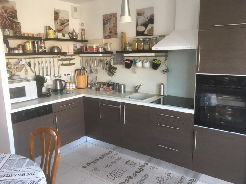 Sale house / villa Saint georges de didonne 241500€ - Picture 2