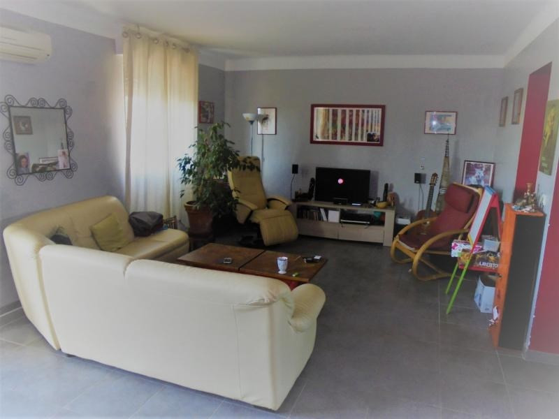 Vente appartement Lunel 126 000€ - Photo 2