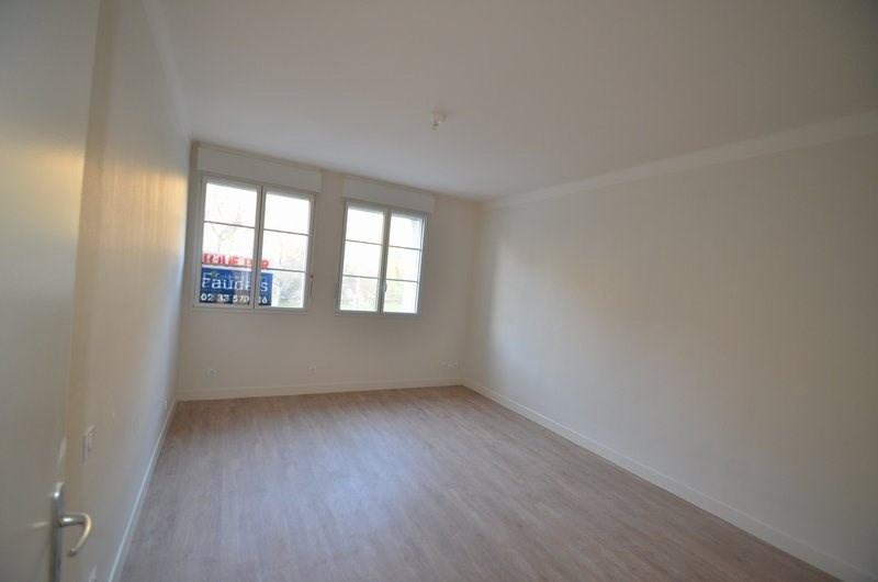 Location appartement St lo 480€ CC - Photo 2