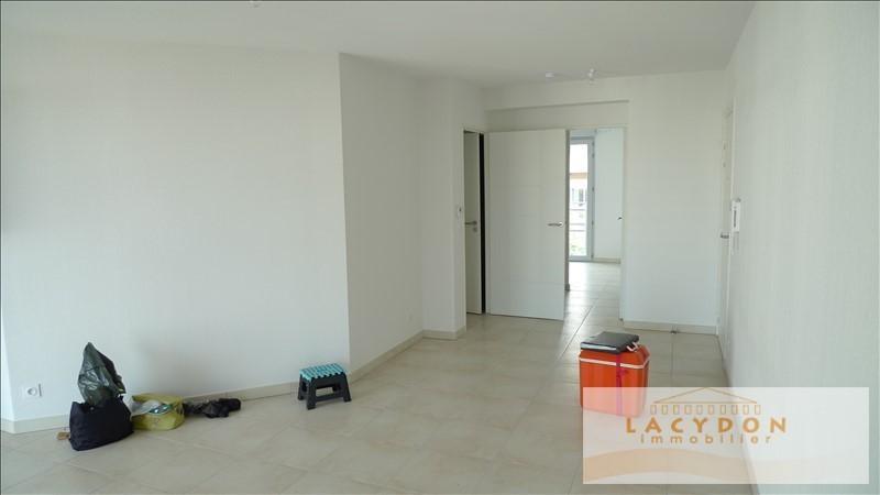 Location appartement Marseille 4ème 870€ CC - Photo 6