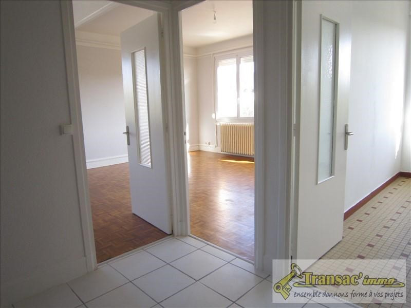 Sale apartment Thiers 54500€ - Picture 3