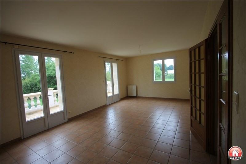 Sale house / villa St pierre d eyraud 186750€ - Picture 4