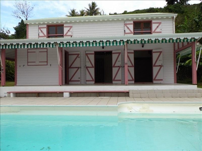 Sale house / villa St claude 300000€ - Picture 1
