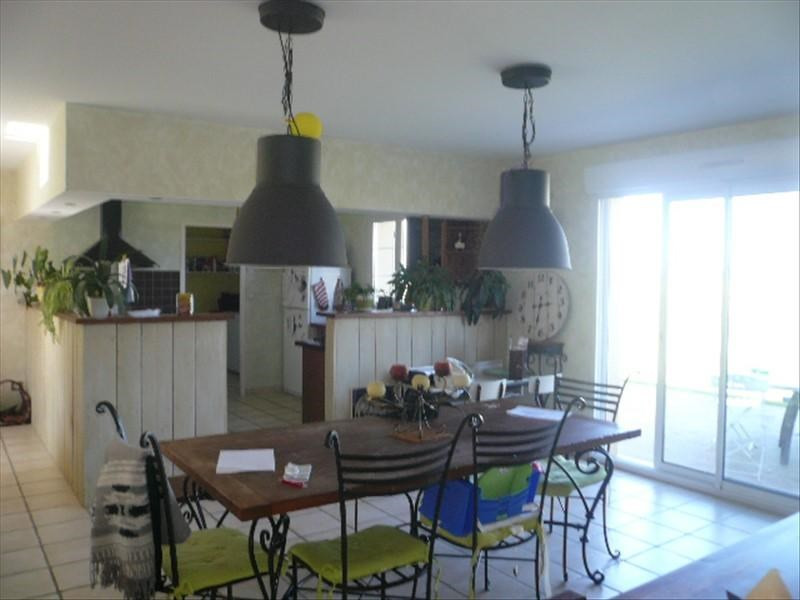Sale house / villa Avord 172 000€ - Picture 4