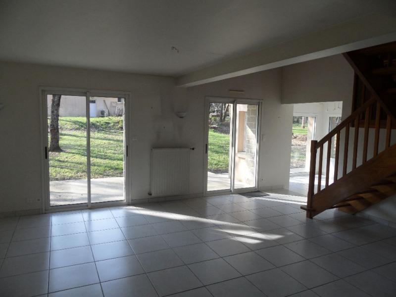 Sale house / villa Locoal mendon 274850€ - Picture 4