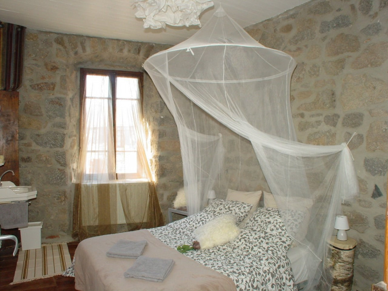 Vente maison / villa St agreve 149000€ - Photo 9