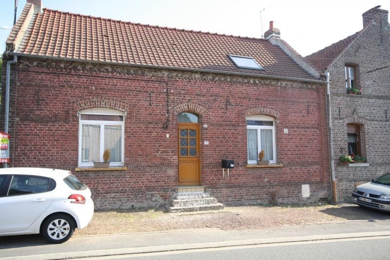 Sale house / villa Fressain 140000€ - Picture 1
