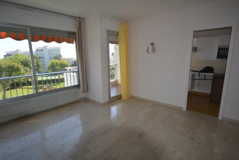 Sale apartment Antibes 224000€ - Picture 4