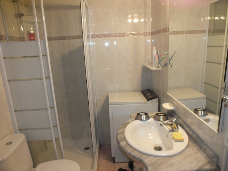 Location vacances appartement Rosas-santa-margarita 368€ - Photo 7