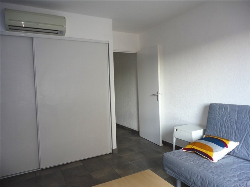 Location appartement Toulon 410€ CC - Photo 2
