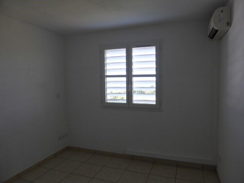 Location appartement St denis 607€ CC - Photo 4