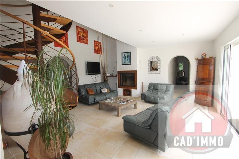 Sale house / villa Lamonzie montastruc 330000€ - Picture 6