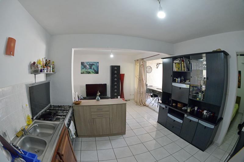 Sale apartment St gilles les bains 159000€ - Picture 1