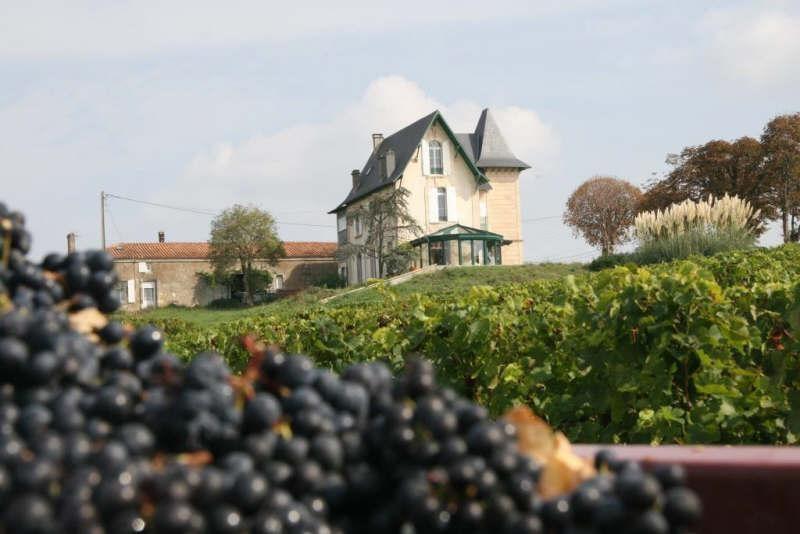Deluxe sale house / villa Plassac 1400000€ - Picture 1