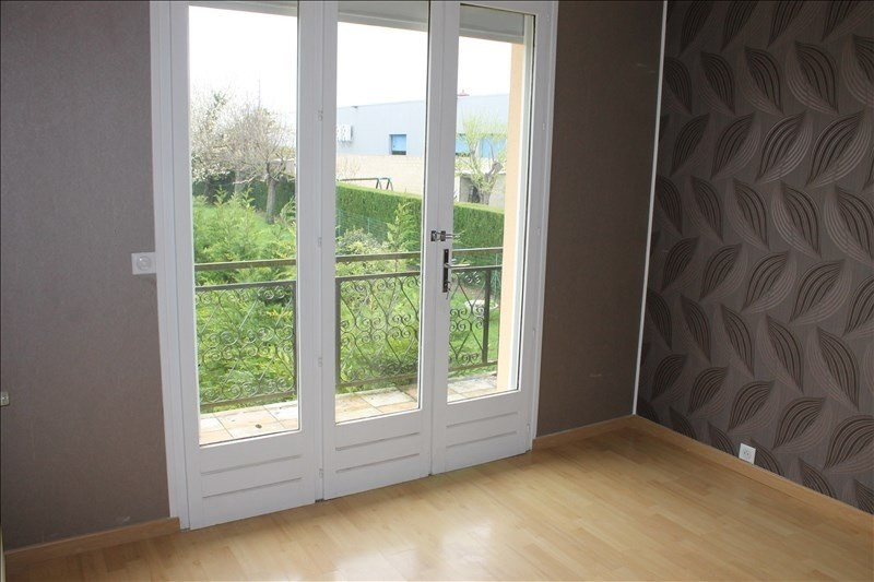 Rental apartment Osny 1 040€ CC - Picture 6