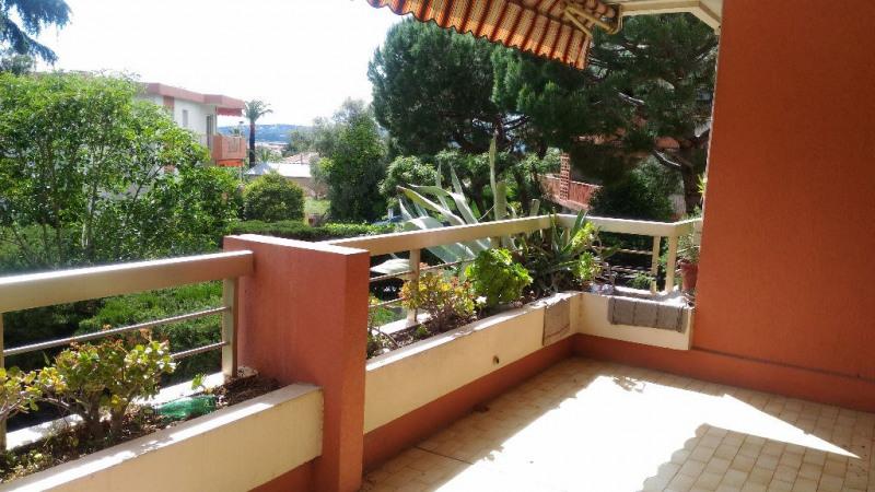 Location appartement Saint laurent du var 920€ CC - Photo 1