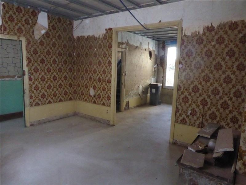 Sale house / villa St quentin 86400€ - Picture 2