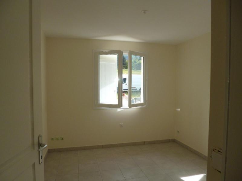 Rental house / villa St romain de popey 990€ CC - Picture 5