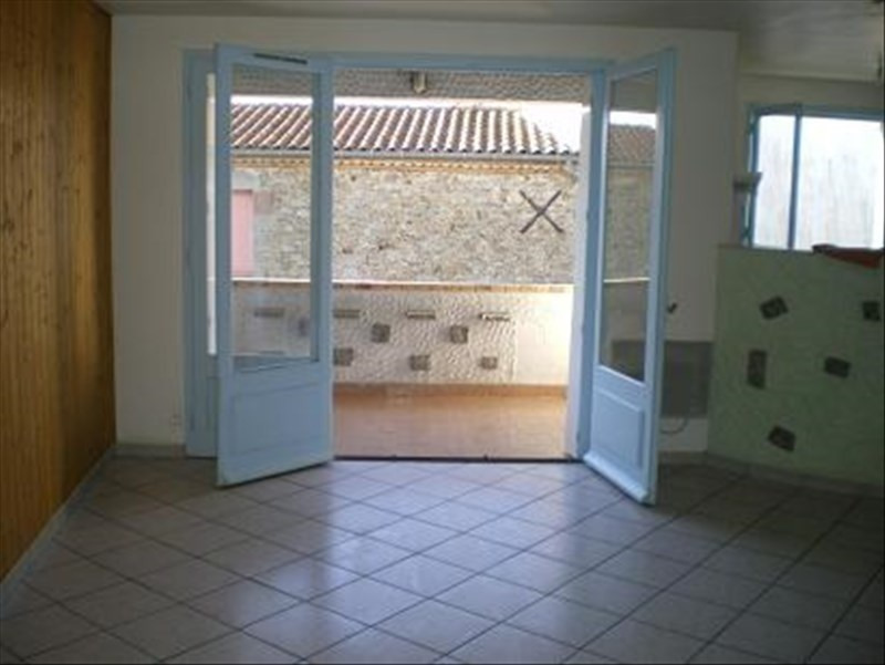 Location appartement Roussay 420€ +CH - Photo 1