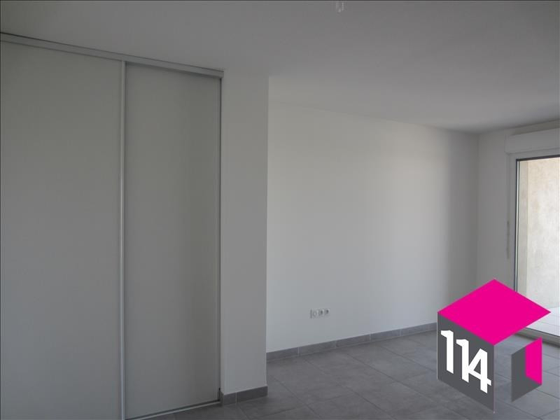 Location appartement St bres 594€ CC - Photo 3