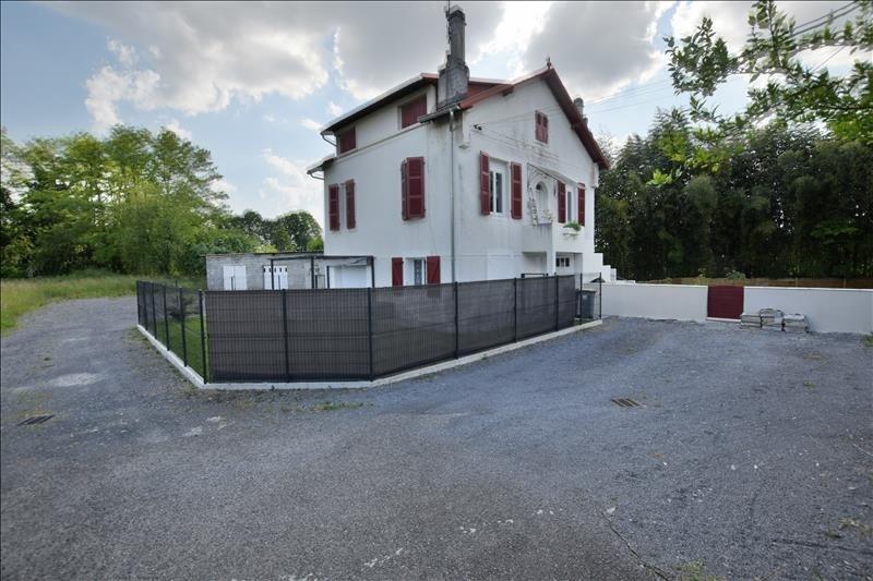 Sale apartment Idron 129000€ - Picture 1