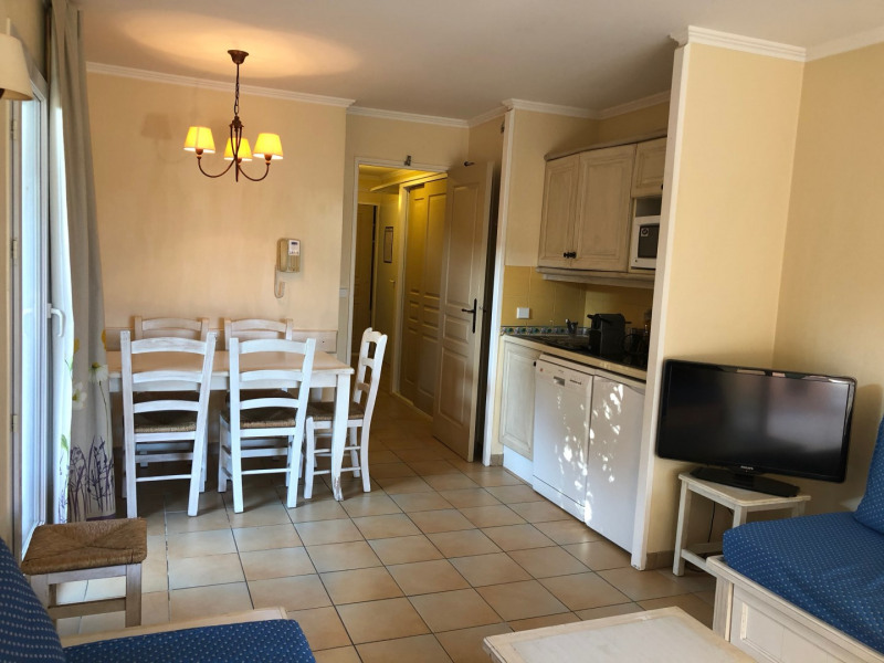 Location vacances appartement Les issambres 500€ - Photo 5