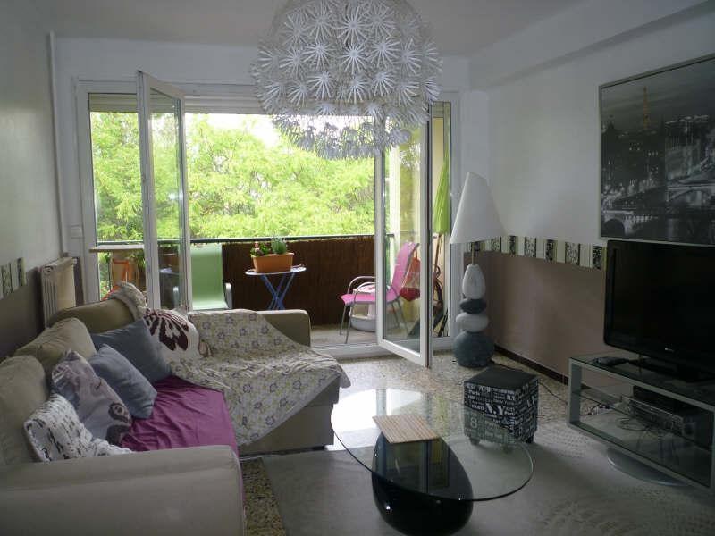 Rental apartment Aix en provence 835€ CC - Picture 1