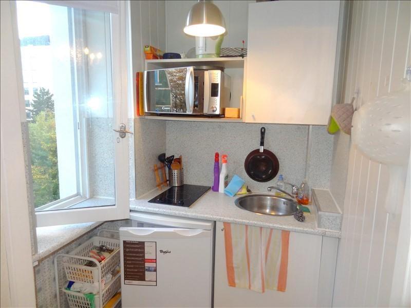 Rental apartment Levallois 890€ CC - Picture 3