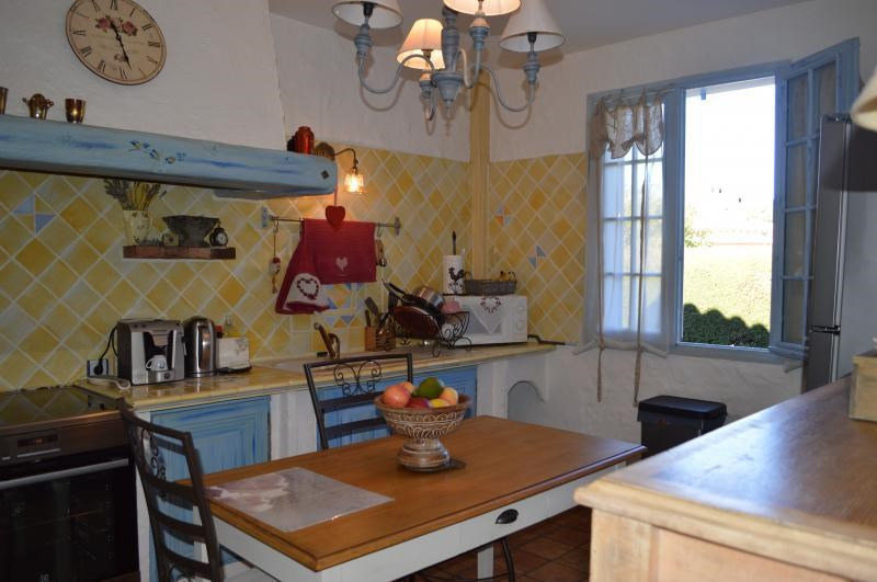 Sale house / villa Roquebrune sur argens 379500€ - Picture 5