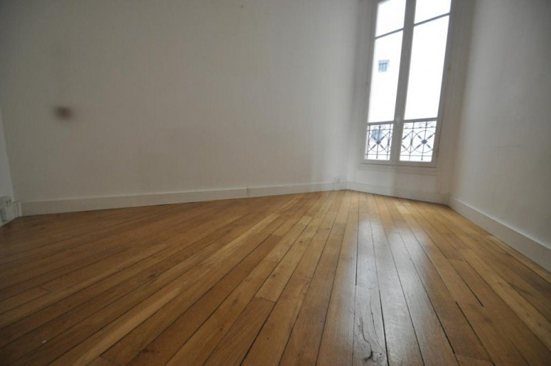 Location bureau Paris 16ème 5 150€ CC - Photo 3