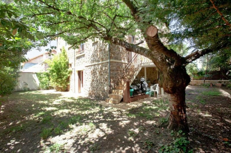 Vente de prestige maison / villa Chatou 882000€ - Photo 1