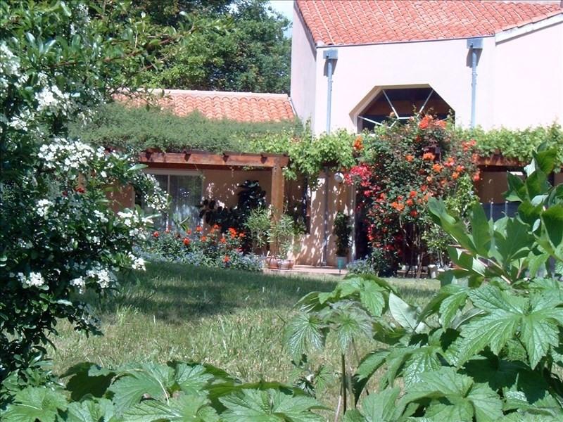 Deluxe sale house / villa Montastruc la conseillere 699000€ - Picture 2