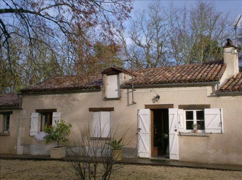 Location maison / villa Eyliac 561€ CC - Photo 9