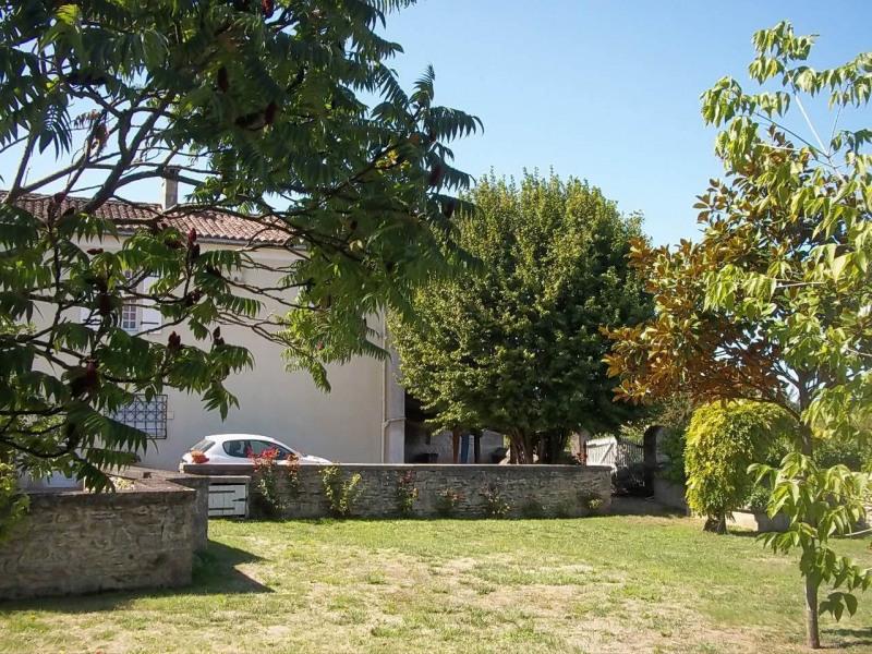 Sale house / villa Cherves-richemont 297000€ - Picture 16