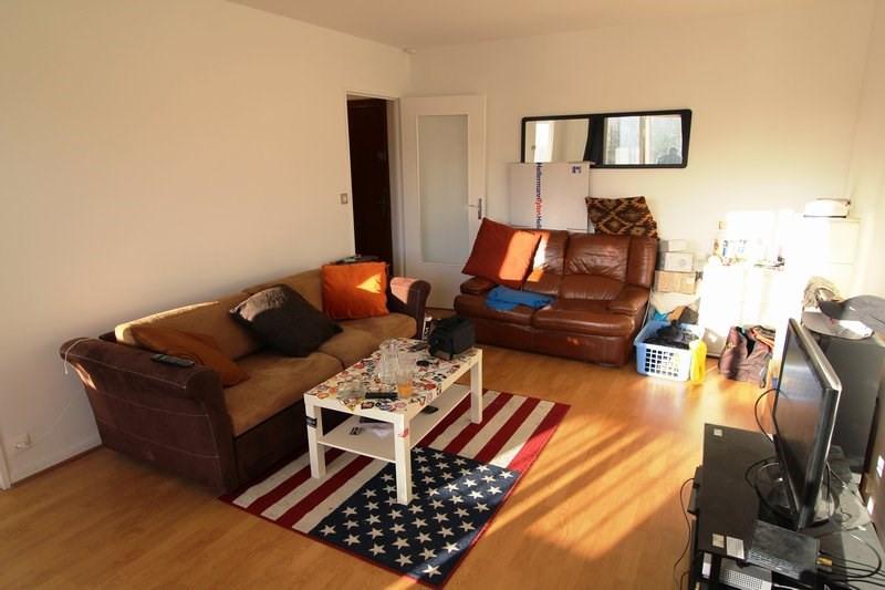 Rental apartment Maurepas 654€ CC - Picture 2