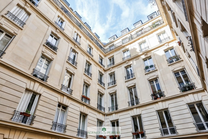 Deluxe sale apartment Paris 9ème 1 495 000€ - Picture 15